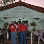 12-08-2015 visita asilo Piracanjuba (5)